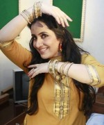 Pakistani Actress Sabreen Hisbani Profile And Pictures007