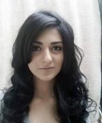 Pakistani Actress Sarah Khan Profile And Pictures
