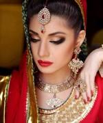 Pakistani Actress Sidra Batool Profile And Pictures