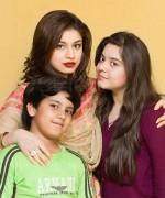 Pakistani Actress Sidra Batool Profile And Pictures007