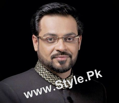 Pakistani Celebrities who are always criticized by people (3)