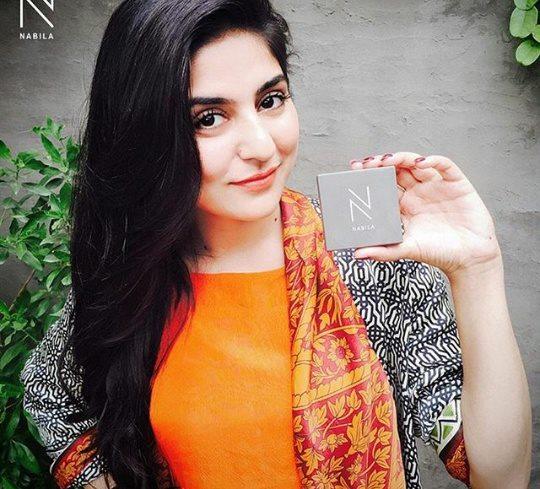 See Pakistani Celebrities who use No makeup kit by Nabila Salon