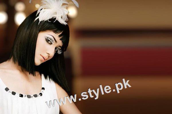 See See Unsual looks of famous Pakistani Celebrities!