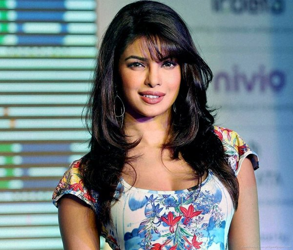 Bollywood Celebrities And Their First Salary006