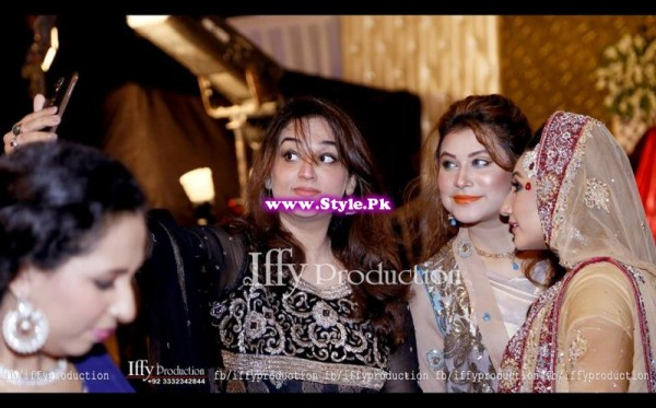 Complete Wedding Photo shoot of Actress Pari Hashmi (22)
