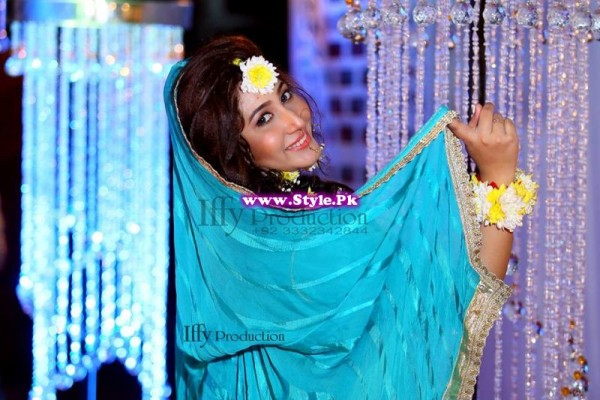 Complete Wedding Photo shoot of Actress Pari Hashmi (26)