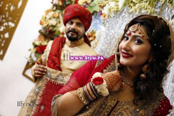 Complete Wedding Photo shoot of Actress Pari Hashmi (8)