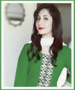 Pakistani New Actress Pari Hashmi Profile0013