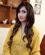 Pakistani New Actress Pari Hashmi Profile0017