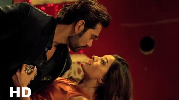 Reasons to Watch Jawani Phir Nahi Ani (5)