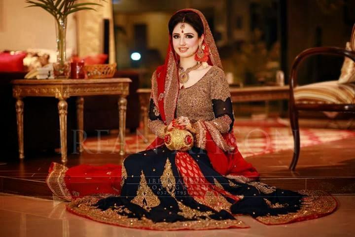 Fashion designer pakistani dresses pictures