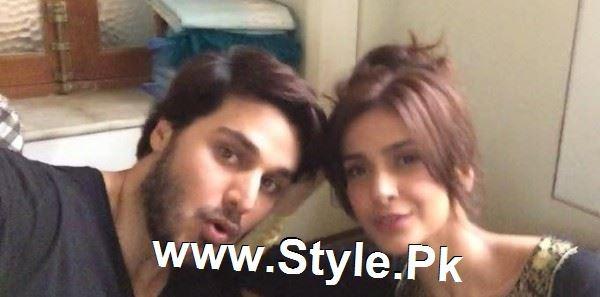 Pictures of Ahsan Khan and Saba Qamar on the set of Muhabbat ki Akhri Kahan (9)
