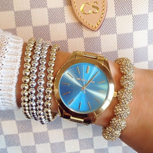 Latest Watches for Girls 2016- blue dial