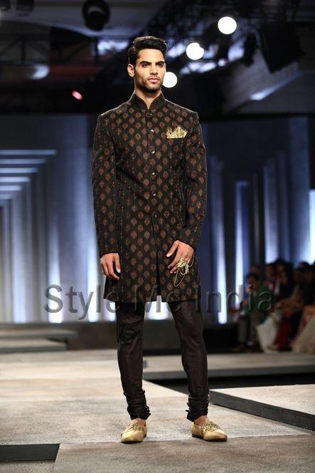 wedding sherwani Trend 2016- full black