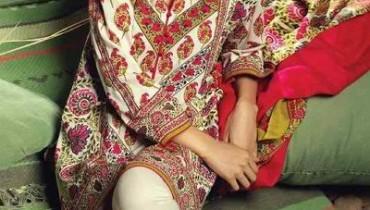 Sana Safinaz Winter Shawl Dresses 2016 For Women006