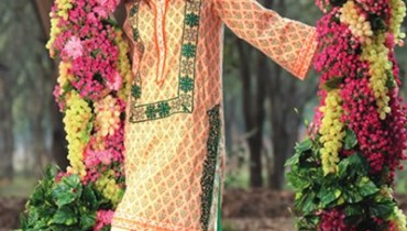 Trends Of Knee Length Shirts 2016 In Pakistan003