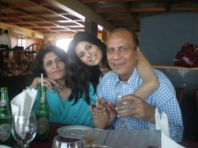 madiha iftikhar family - photo #34