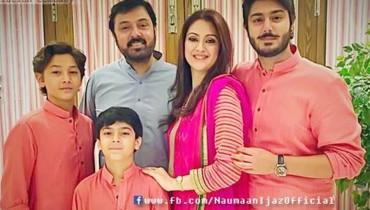 Noman Ijaz family pictures