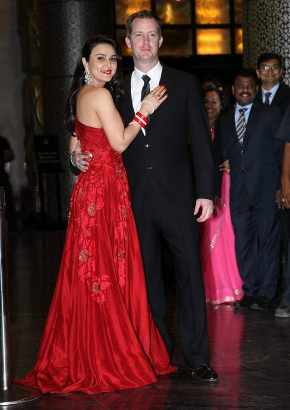 Preity Zinta and Gene Goodenough's reception Pictures (3)