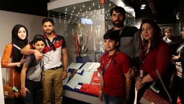 See Pakistani Cricketers with their families in Manchester