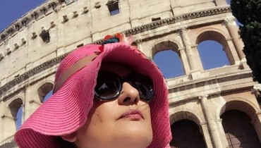 See Saba Hamid Enjoying Vacations in Italy