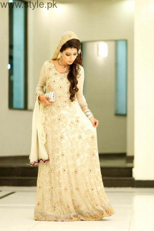 Fashion 2017 dress in pakistan summer - Latest Pakistani Engagement Dresses 2017