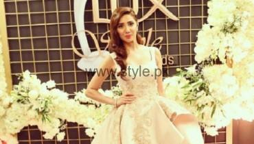 Mahira Khan Lux Style Awards 2016