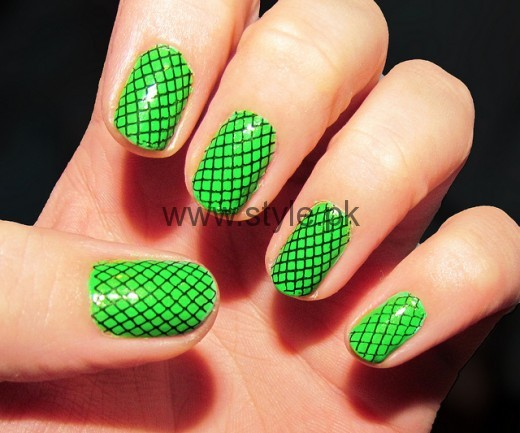 Nail Art Ideas 2016 for Pakistan's Independence Day (9)