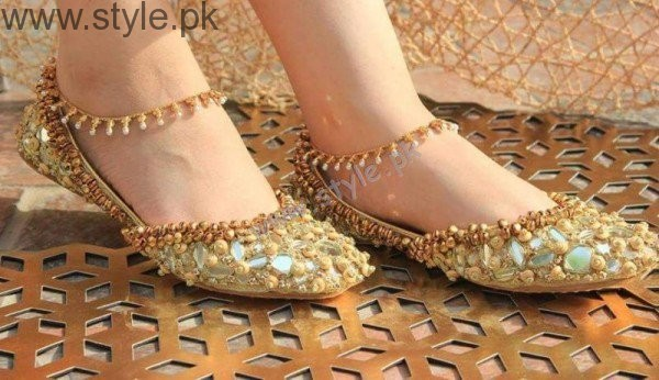 Latest Pakistani Khussa Designs 2016 for Eid (18)