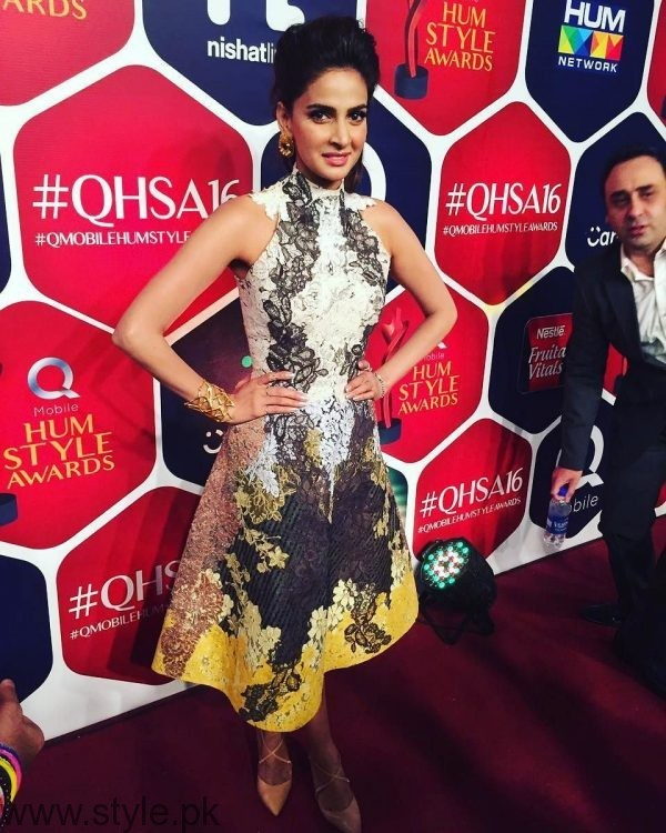Best dressed Celebrities at HUM Style Awards 2016 (10)