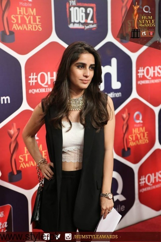 Best dressed Celebrities at HUM Style Awards 2016 (9)