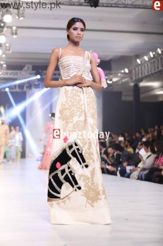 PFDC L'Oréal Paris Bridal Week 2016 Day 3 Pictures (20)
