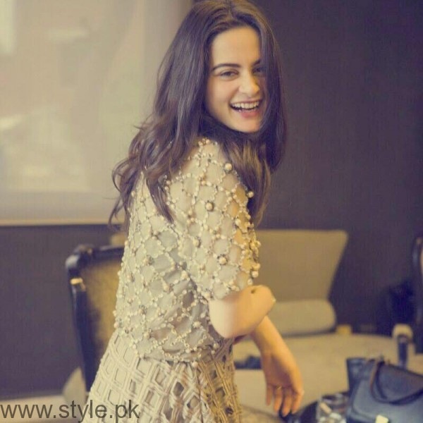 Aiman Khan's Profile, Pictures and Dramas (25)