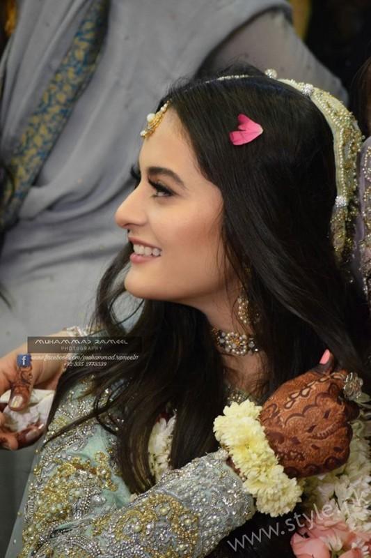 Aiman Khan Muneeb Butt Photoshoot on Engagement (7)