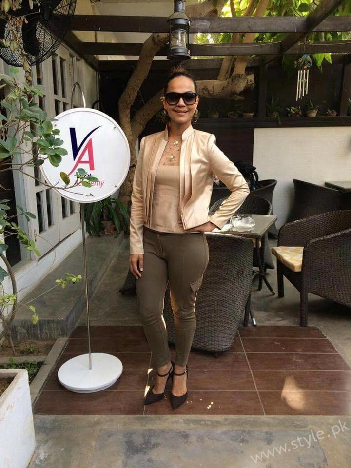 Amina Sheikh- Miss Veet Pakistan 2017 Lunch