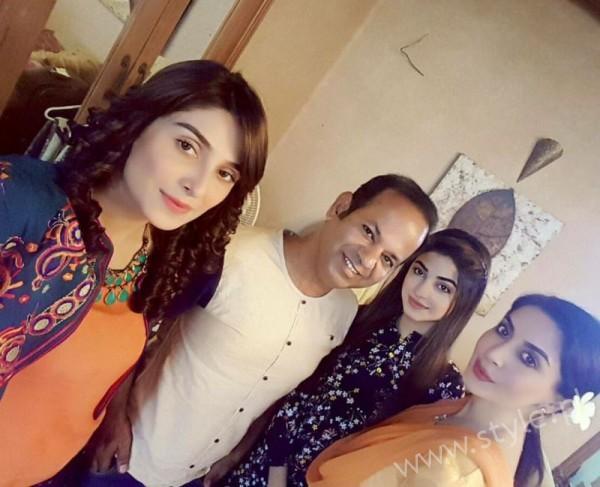 Ayeza Khan and Imran Abbas Cast Of Mohabbat Tum Se Nafrat Hai (11)