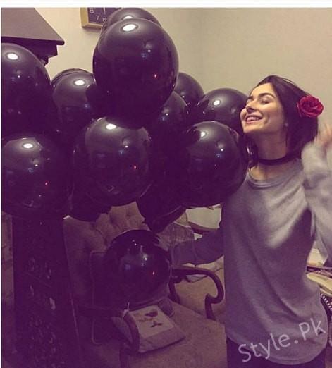 See Hania Amir's 20th Birthday Celebrations - Hania Amir Birthday Pictures