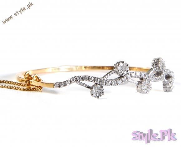 Latest Gold Bracelet Designs  For Women