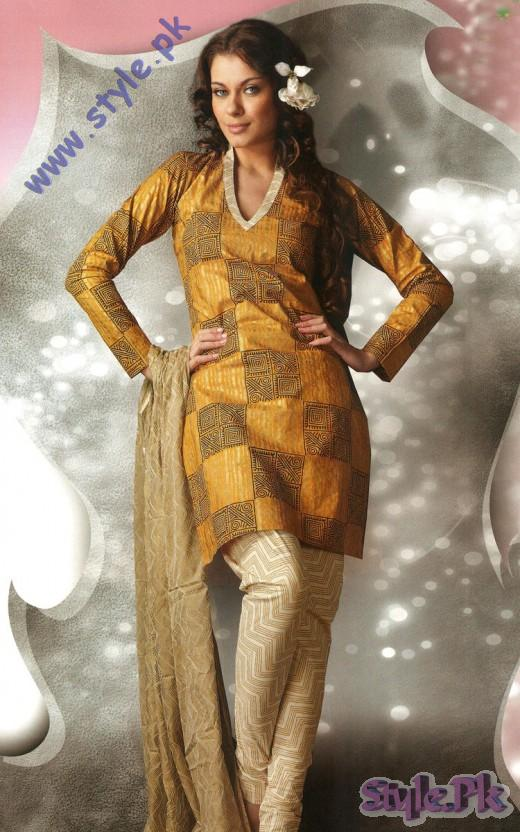 Eid Wear Churidar Suits for Pakistani Girls 520x832 fashion trends