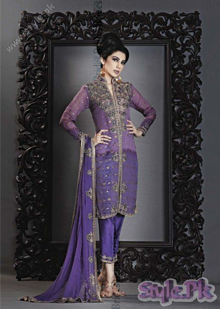 Latest Collection of Dresses For Women 2011 fashion trends
