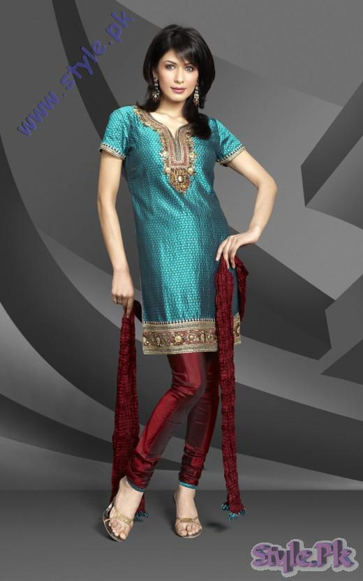 Teel Churidar Eid Salwar Kameez Design Photo 520x832 fashion trends