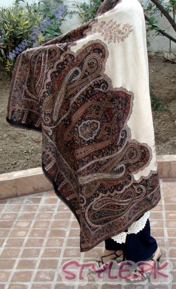 Pashmina Hand Woven with Black Border For Ladies