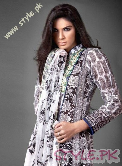 Embroidered Lawn by Gul Ahmed For Women fashion brands