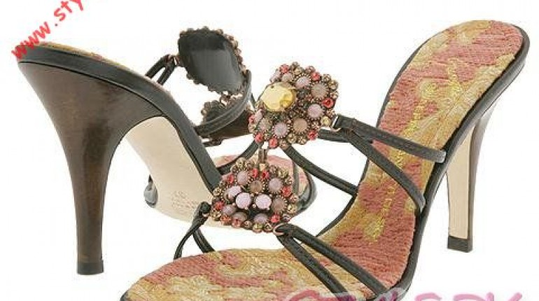 c42dccac3165 Latest Fashion of High Heel Sandals For Girls and Women