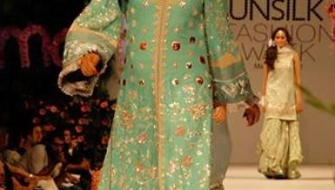Karma's Fashion Dresses For Women in PFDC Sunsilk Fashion Week 2011 Lahore (24)