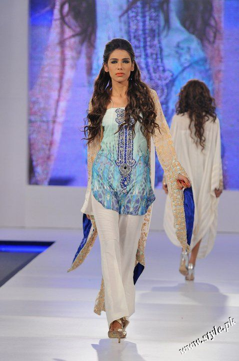 Ayesha Farooq Hashwani's white and pure collection 2011 (5)