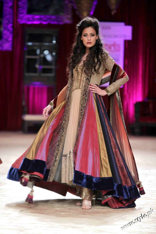 Anarkali Dresses And Saree Collection By Designer