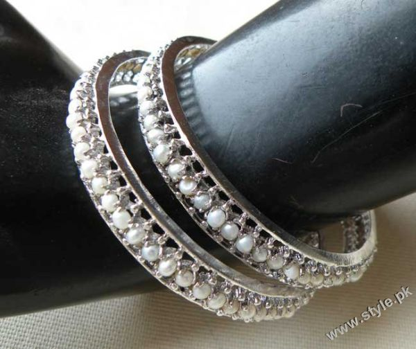 Bangles as Artificial Jewellery in pakistan trends jewellery