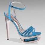 Blue high heeled sandel for girls