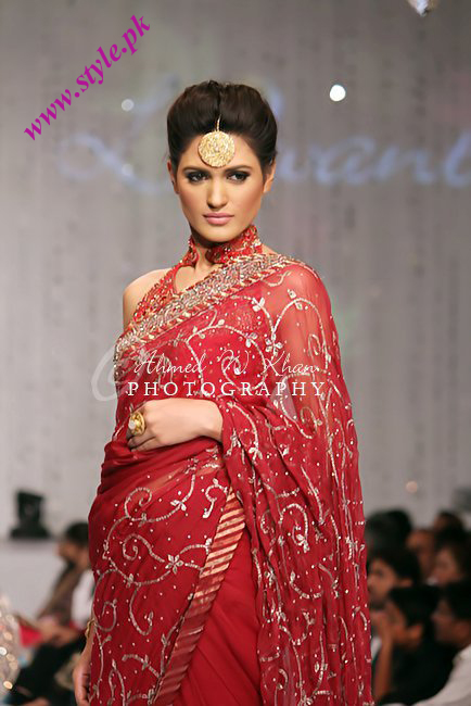 Latest saree for women 2011 wedding wear